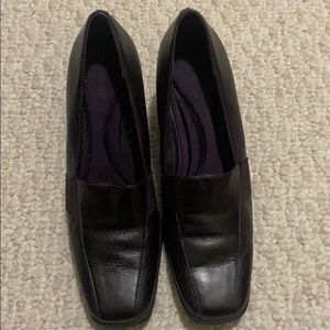 Liz Baker Plum Colored Heels